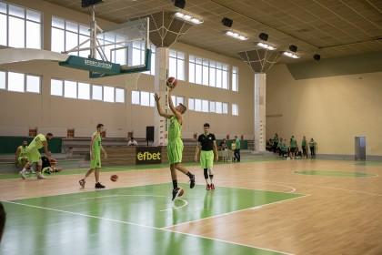 Спортна зала ДЗУ